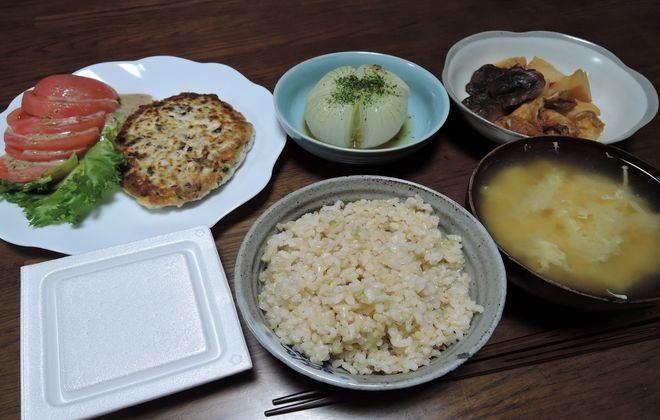 玄米ご飯の夕食