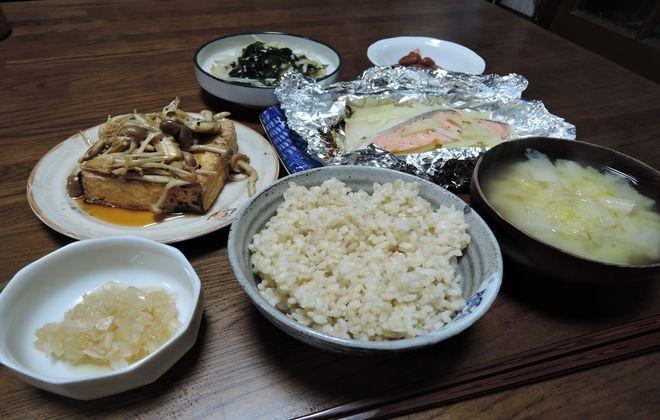 酢タマネギと玄米ご飯