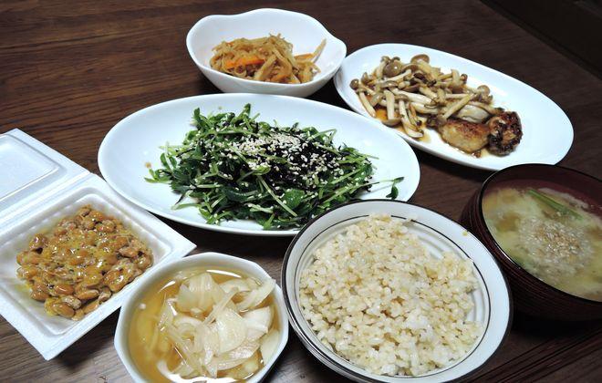玄米食のメニュー