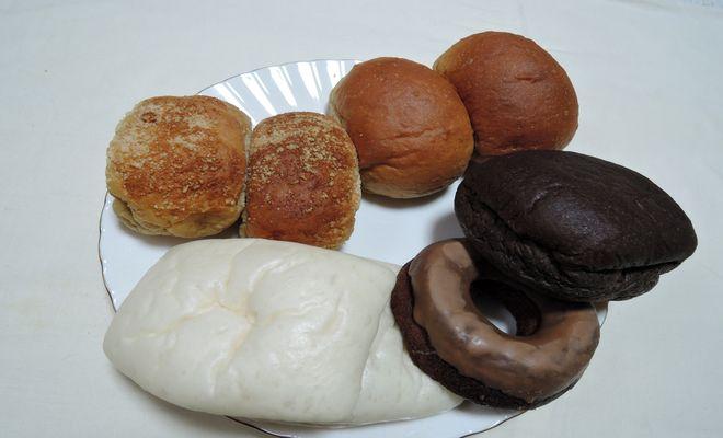 ローソンのロカボパンとお菓子