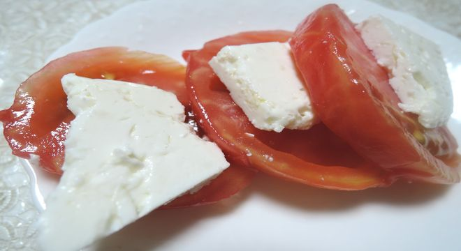 トマトの輪切り