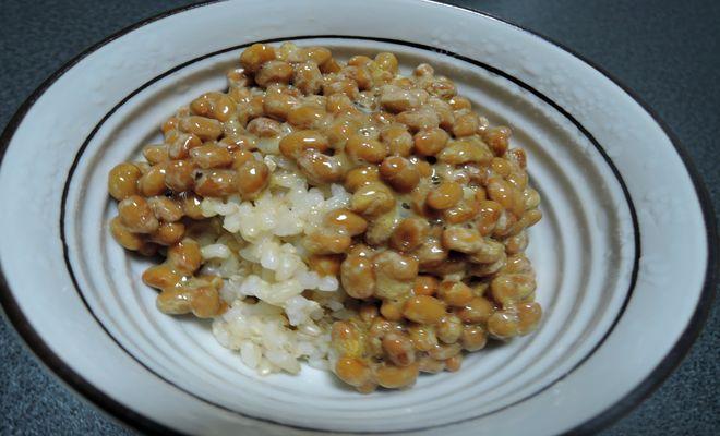 玄米ご飯と納豆