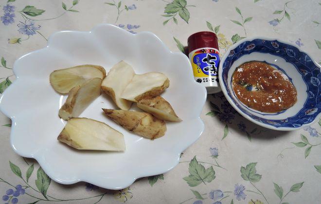 生菊芋の味噌ディップ
