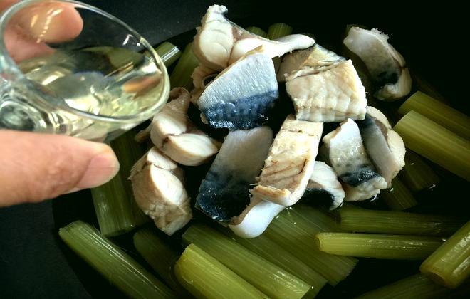 フキと鯖の煮物の作り方