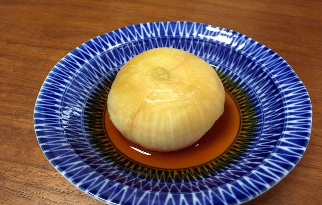 玉ねぎの醤油漬け(盛り付け)