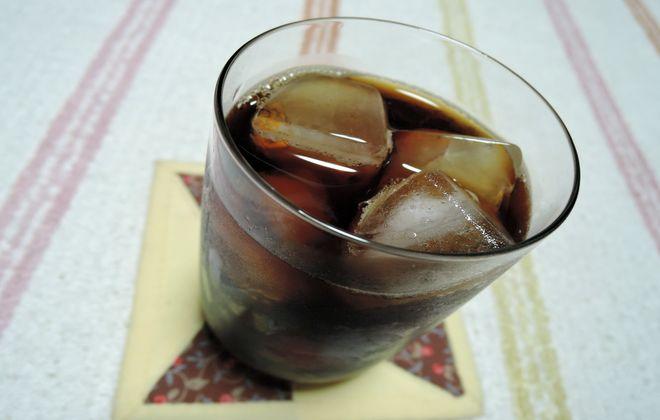 グラスのコーヒーカップ