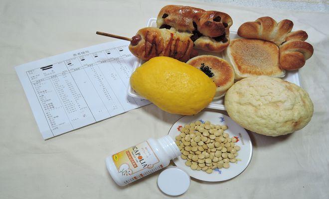 菓子パンとアカシアポリフェノール