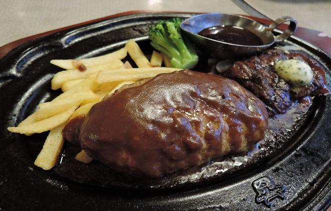 肉の万世(カットステーキとハンバーグ)